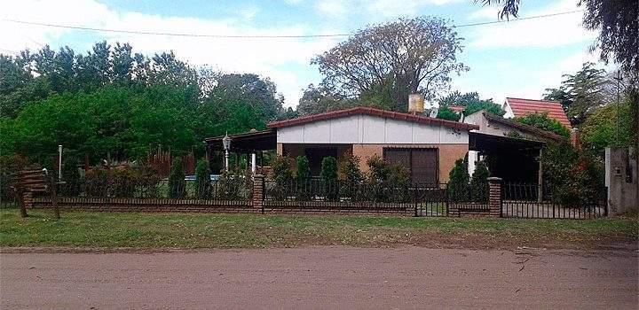 Alquiler de Casa Con Pileta en Pehuen Có Buenos Aires Argentina